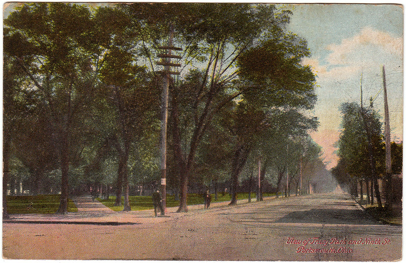 View of Tracy Park and Ninth Street, Portsmouth, Ohio (1908)