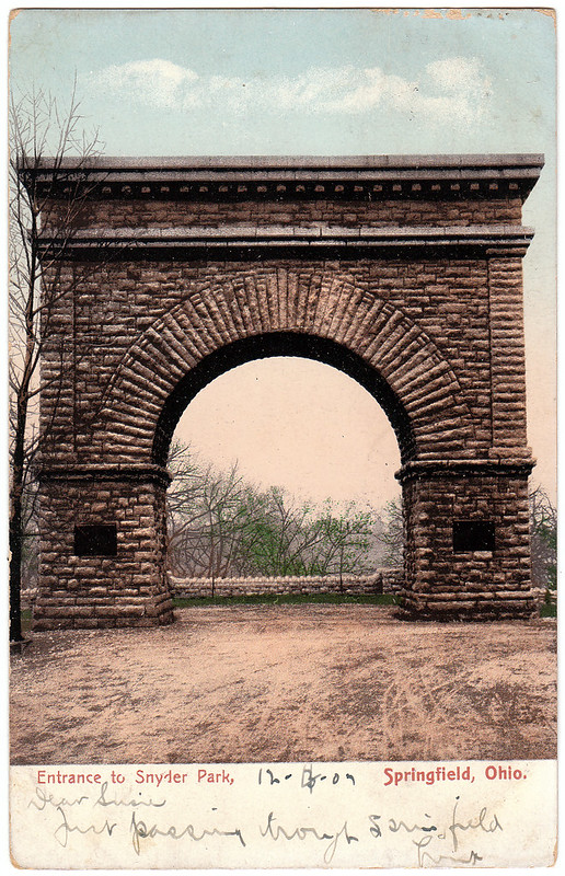 Entrance to Snyder Park, Springfield, Ohio (1907)